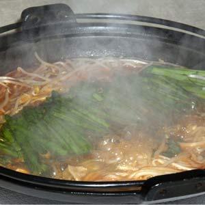 豚肉・ニラ・もやし鍋