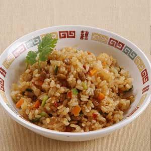 節約食材レシピ「納豆チャーハン」