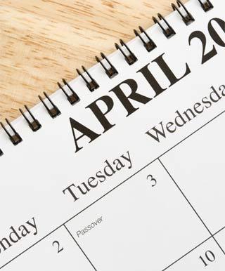 不動産屋の閑散期である4月のカレンダー